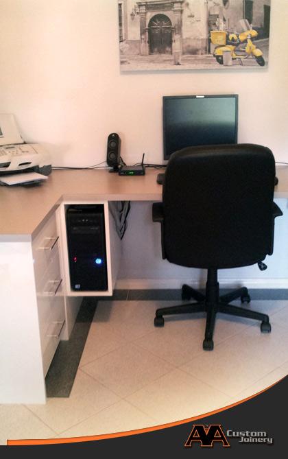 office desks and study desks